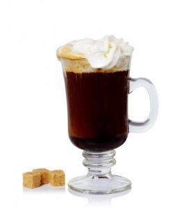 Whisky koktejly Irish coffee